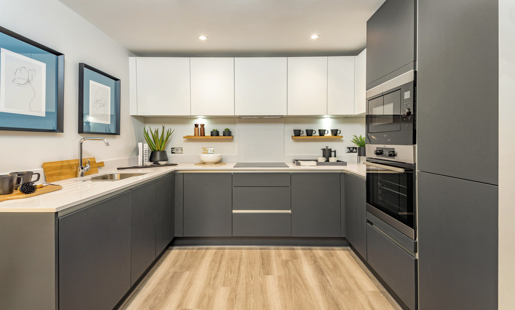new river view kitchen by Winchmore Hill